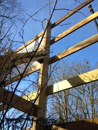 Support en bois pour panneau PVC